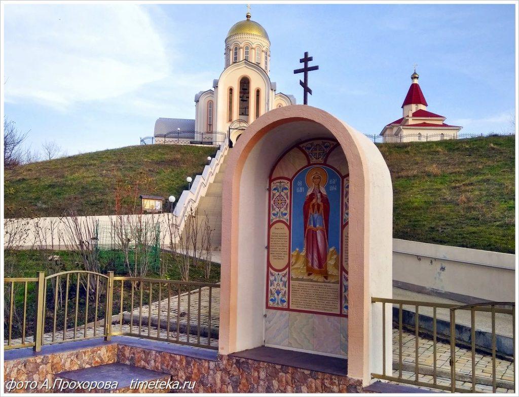 Церковь Варвары Великомученицы в Варваровке