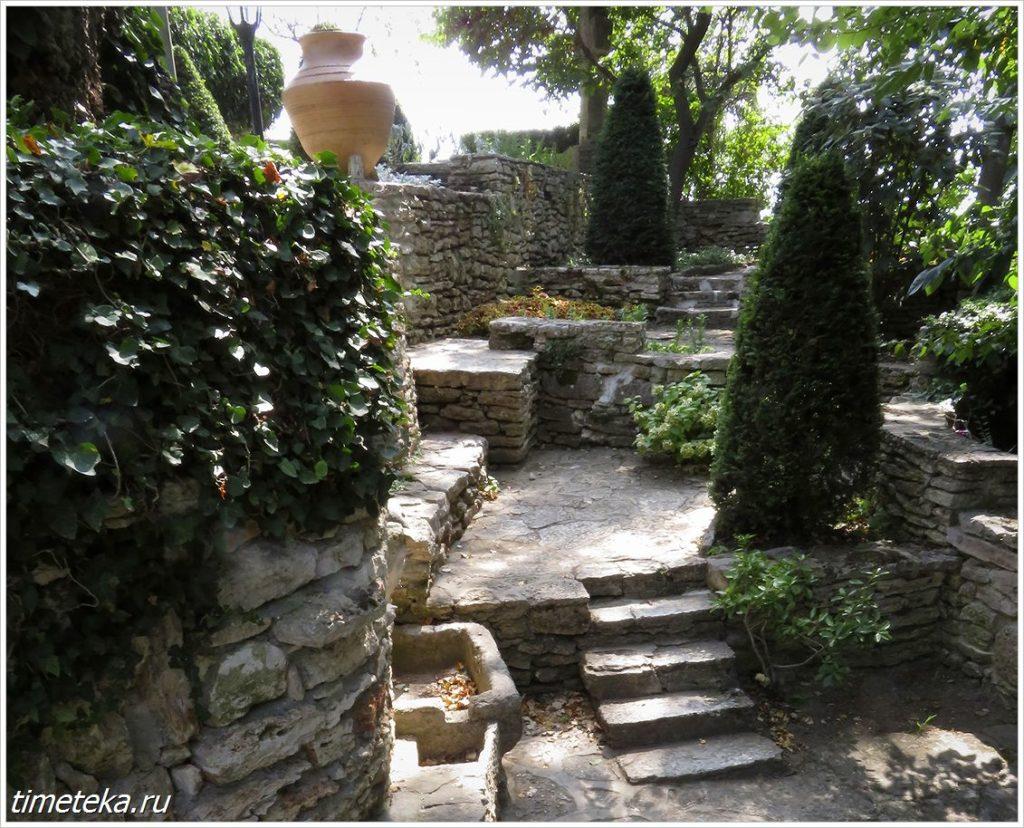 В Ботаническом саду Балчика