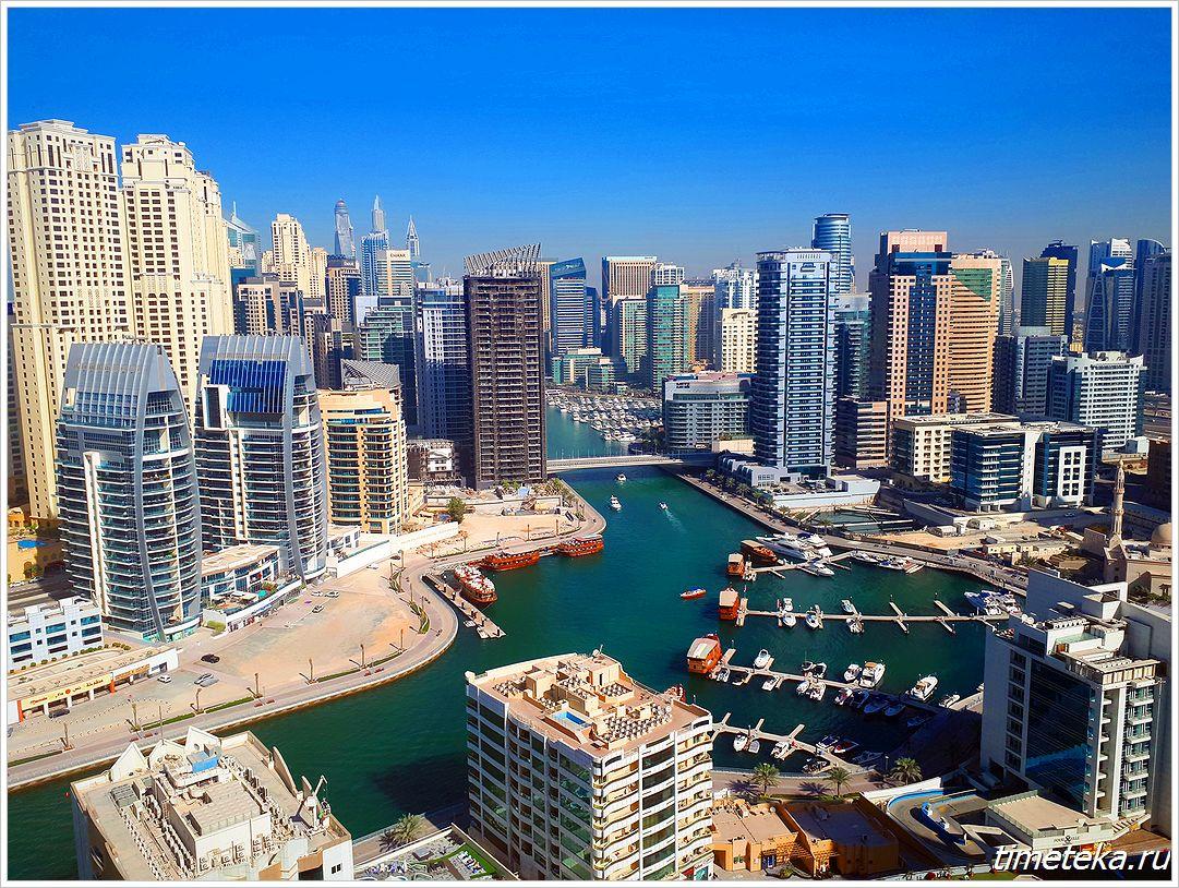 Dubai Marina Yacht Club ночью