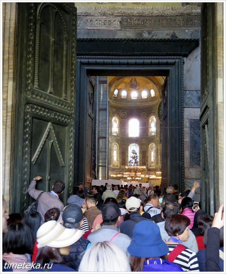 Врата в Софийский собор
