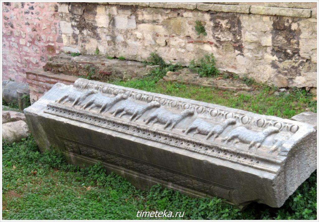 Артефакты на территории Айя София
