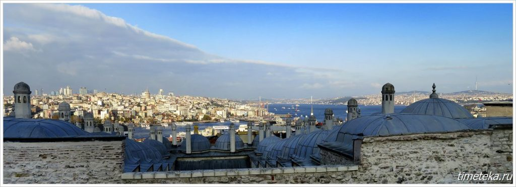 Вид на Босфор со смотровой площадки мечети Сулеймание