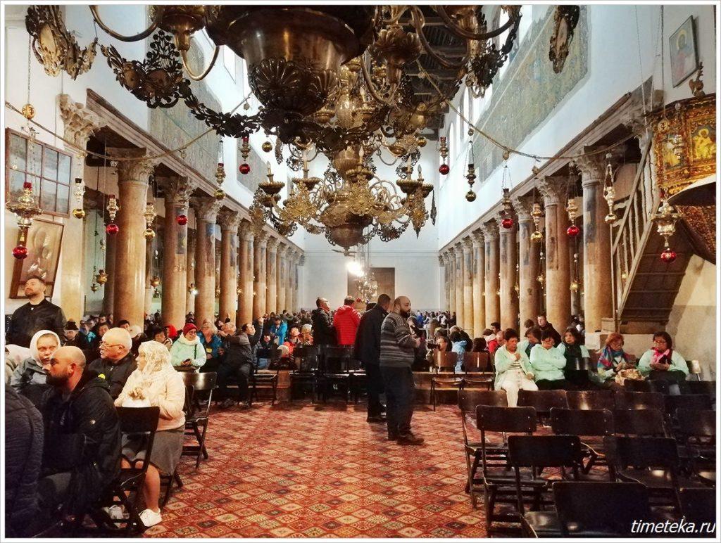 Интерьер Храма Рождества Христова в Вифлееме