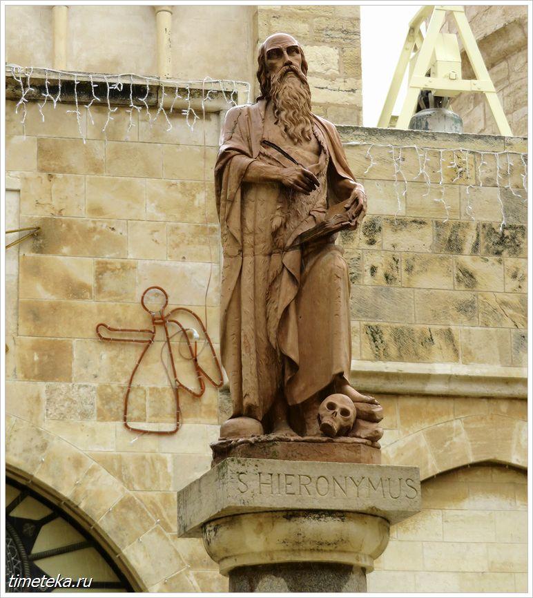 Статуя Иеронима Стридонского